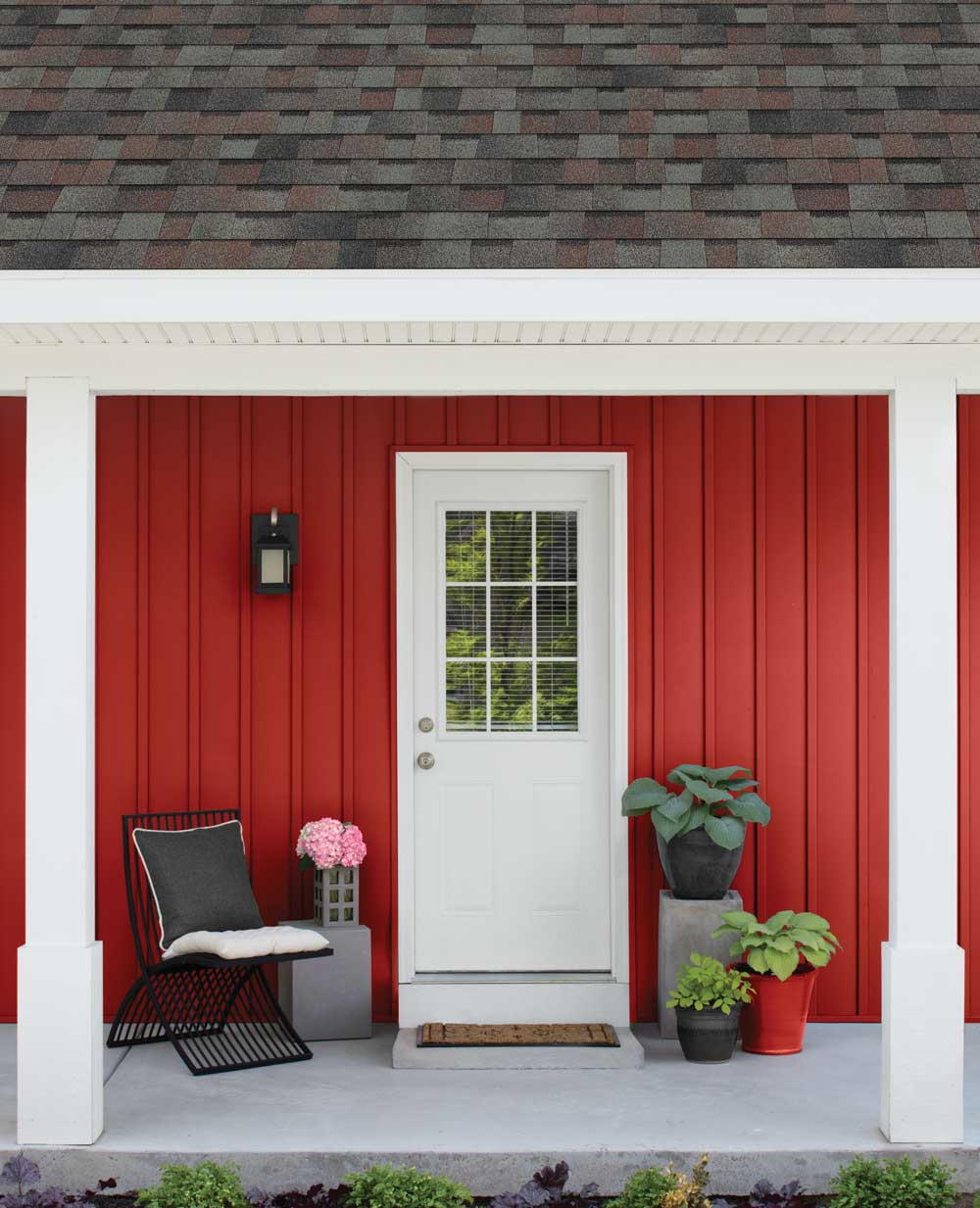 Colonial slate aurora red porch desktop wide@2x